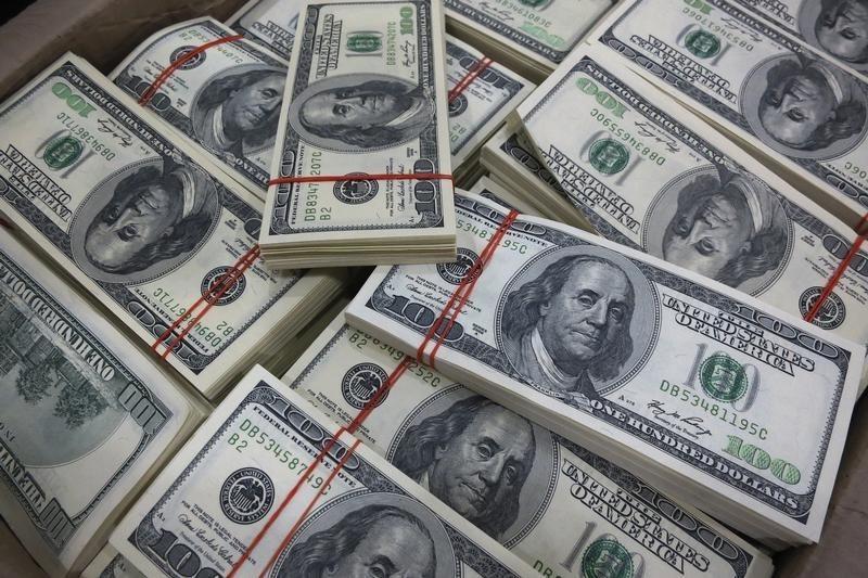 Đi du lịch Mỹ mang bao nhiêu tiền
